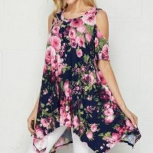 NWT HONEYME FLORAL UNEVEN HEM COLD SHOULDER TOP